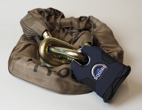 Package Deal: Protector 19mm Chain, Squire SS80CS-R1 Lock